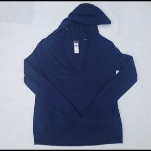 Patagonia Hooded Sweater Size M